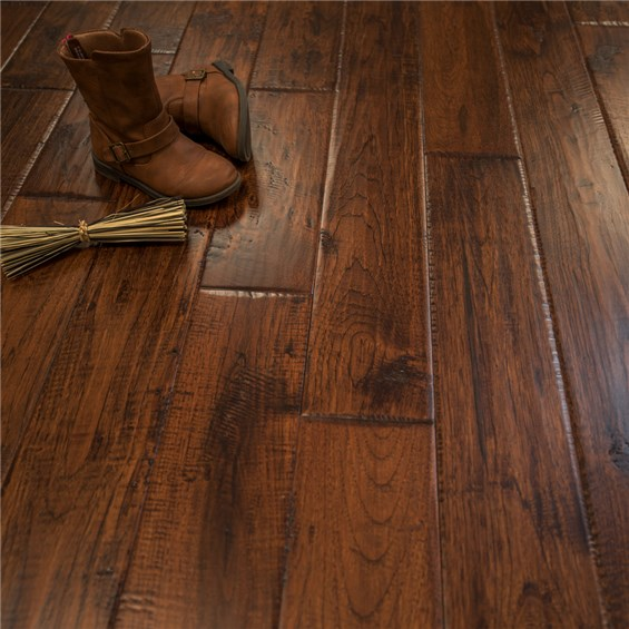 Discount 5 x 3 4 hickory character prefinished solid for Hardwood floors hickory