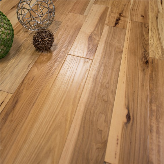 Hand Sed Hickory Prefinished Engineered Wood Floors
